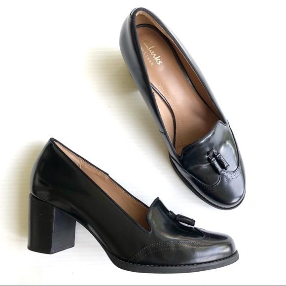 e9e8e652c7c5 Clarks Shoes - •Clark s• Black Chunky Heel Tassel Wingtip Loafer
